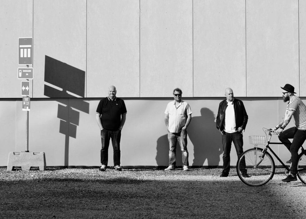 Tender Lakes -yhtye
